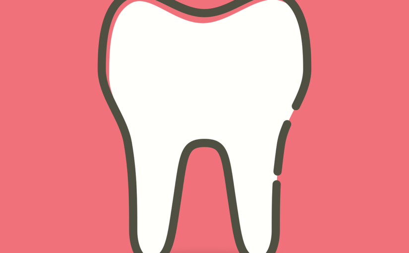 Śliczne urodziwe zęby również świetny przepiękny uśmiech to powód do dumy.